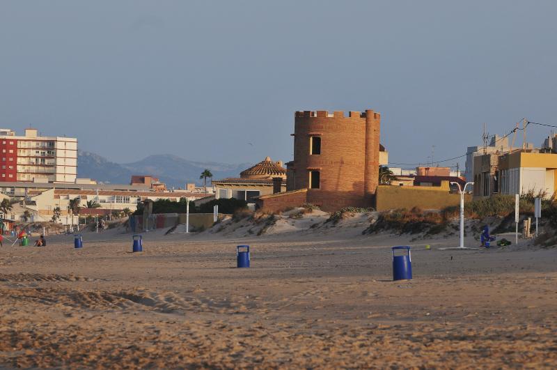 Resultado de imagen de playa de rafalcaid kitesurf